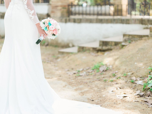 Bridal Bouquet in After Wedding Session in Seville