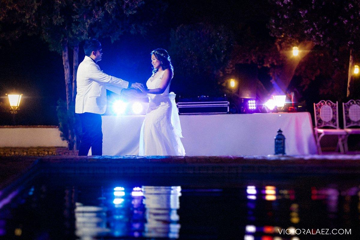 Bride and Groom First Dance in Hacienda la Torre