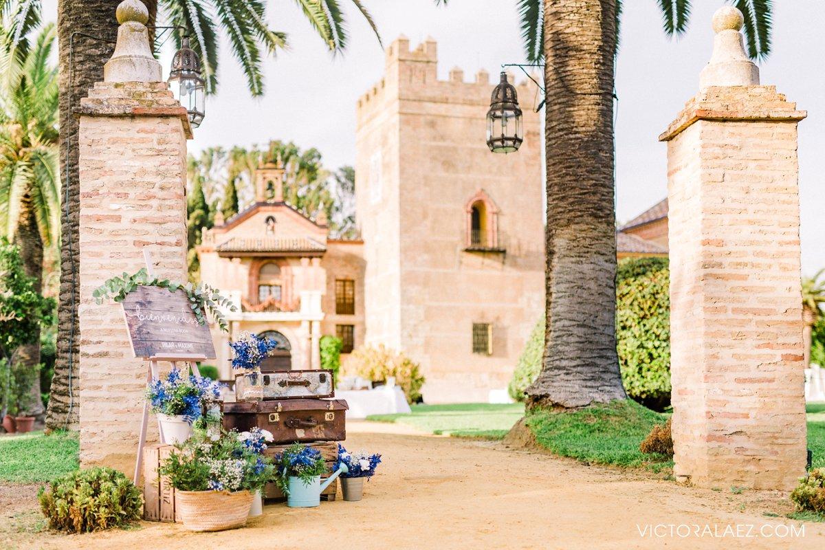 Outdoor Wedding Details in Castillo de la Monclova