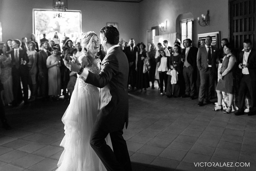 Bride and Groom First Dance in Cortijo el Chamorro