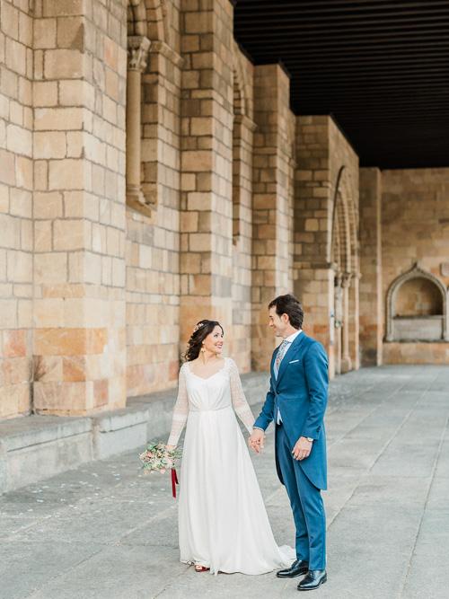 Bride and Groom Portraits in Avila Wedding