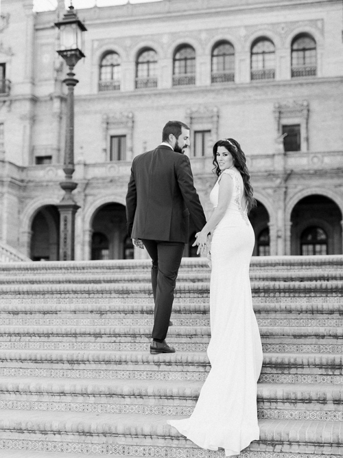 Bride and Groom Portraits in Plaza de Espana in Seville
